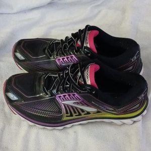 Brooks shoes